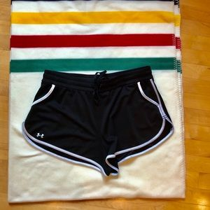 Under Armour Black and White shorts with pockets